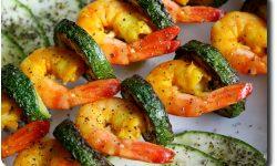 Brochette de crevettes et courgettes